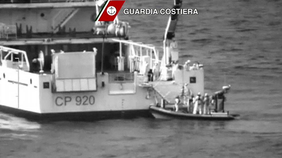 Otro trágico naufragio en el Mediterráneo deja 700 inmigrantes ...