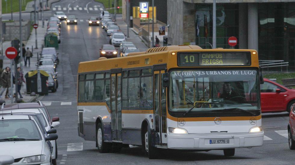 Bus decathlon santiago compostela