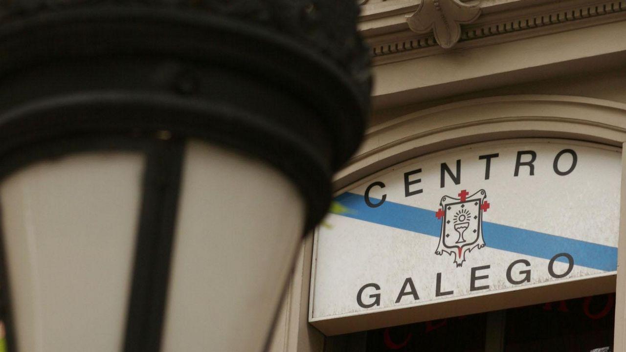 El PP pide al Centro Gallego de Barcelona que «resista a las presiones»  para retirar las banderas gallega y española y el BNG ve la queja  inverosímil 5864ec4ef73