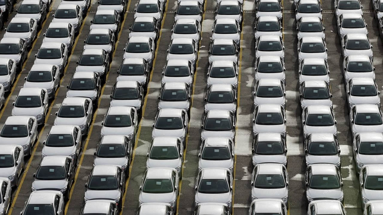 255744c2e2 El triunfo de la gasolina sobre el diésel dispara la recaudación fiscal en  Galicia