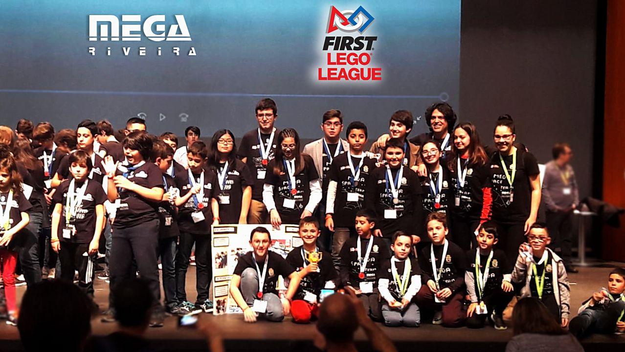Un equipo de Ribeira consigue el premio a los mejores valores en el  campeonato gallego de la First Lego League fa67535438b70