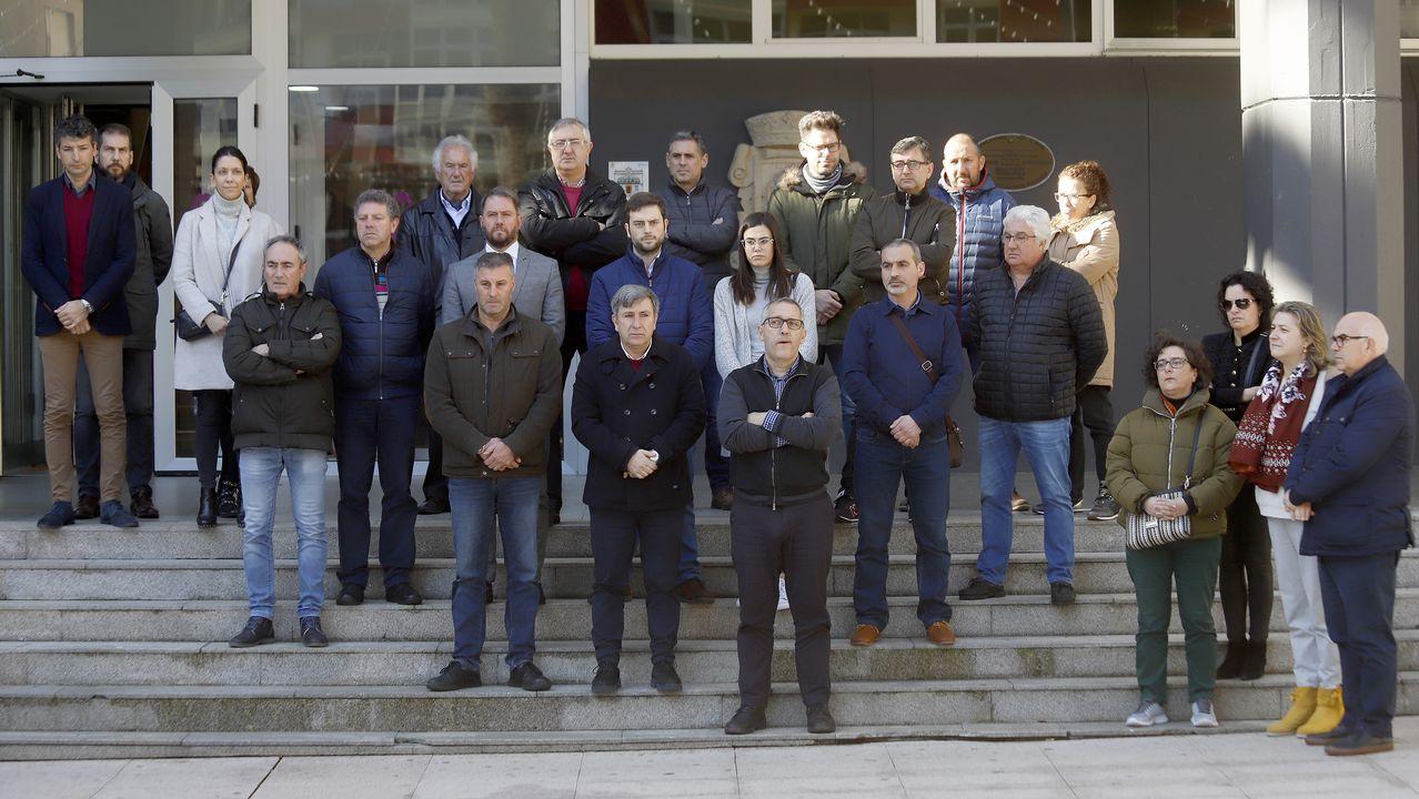 Concentración contra la violencia de género en Burela
