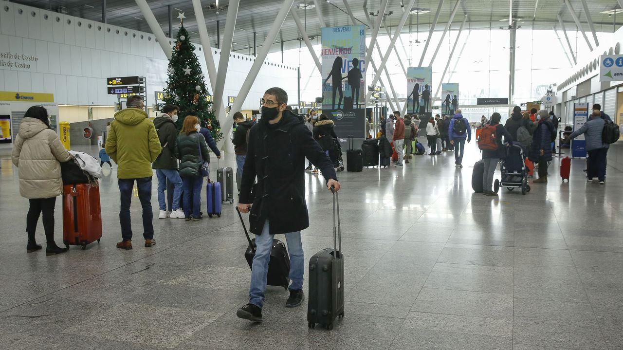 Las aerolíneas siguen recortando vuelos en Galicia y fían todo a la Semana Santa