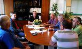 El comité local de Unións Agrarias de Vila de Cruces mantuvo un encuentro ayer con el alcalde