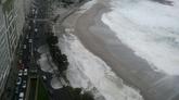 El oleaje llega hasta el paseo marítimo de A Coruña