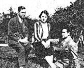 El matrimonio formado por Marcela Rueda y José Touriño, con Francisco.