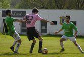 El jugador juvenil, Javi Coba, a la derecha, en el partido del domingo ante el Lucense.