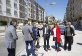 Carmela Silva, el diputado de Mobilidad y el grupo de gobierno visitaron la calle Luis Rocafort.