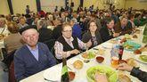 Participantes en la comida de Vimianzo