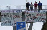 Cinco años de protestas. Los desalojados del Ofimático volvieron a concentrarse en Alfonso Molina. Iniciaron sus movilizaciones hace cinco años, cuando se supo que perderían sus viviendas allí.
