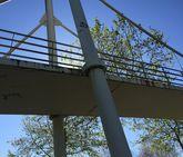 Oleiros. El centro universitario de Bastiagueiro está situado en una finca perfectamente cuidada, situada cerca de la playa y con unas instalaciones en buen estado, a excepción de la pasarela peatonal de acceso.