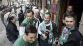 Las peñas del Racing animan a vivir las horas previas al partido en la calle María