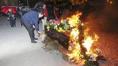 Laxe lloró la despedida y quema de su Cayetano