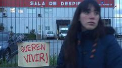Se plantan frente al matadero de Monforte para evitar el sacrificio de las vacas de Axulfe