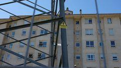 Vecinos de Torneiros conviven con torretas de alta tensión