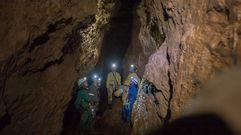 Un percorrido en imaxes pola cova de Reibarba