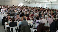 La localidad celebra una animada Xuntanza dos Maiores