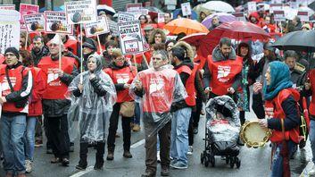 Manifestación de afectados por la hepatitis C en Santiago