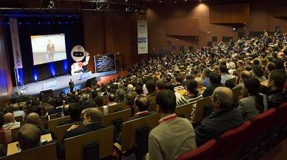 Conferencia de José Antonio Madrigal