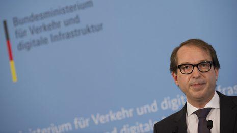 El ministro alemán de Transportes descarta inhabilitar a pilotos con depresión