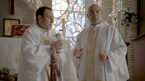 Telecinco deja sin fecha de emisión a la serie de Antonio Resines