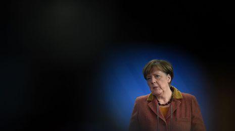 La ONU califica a Merkel de heroína por su política de acogida a los refugiados