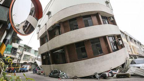Seis muertos en un terremoto de 6,4 grados en Taiwan