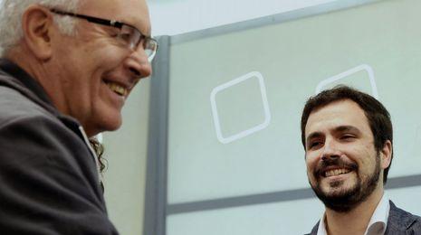 Garzón tantea la fortaleza de su liderazgo en IU