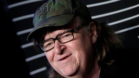 Michael Moore: «El humor es necesario, la sátira hace que la realidad sea soportable»