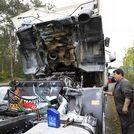¿Por qué arden los camiones de las orquestas?