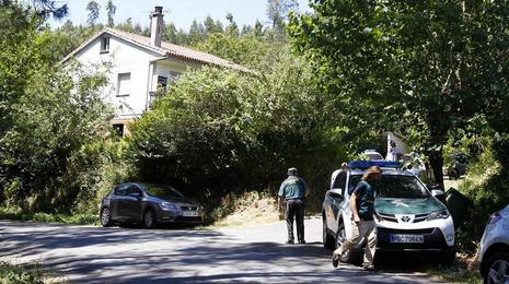 Una mujer sufre un brote psicótico y mata a dos familiares en Arzúa