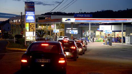 Gasoil y gasolina suben de golpe la semana previa a los puentes