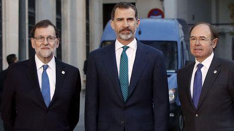 Rajoy avisa a las comunidadesque aún hace falta recuperar la recaudación