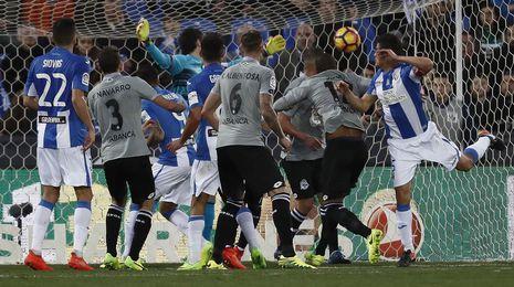 El Deportivo completa un esperpento en Leganés