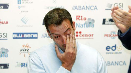 EmocióndeOriol Junyent en su despedida del baloncesto