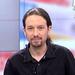 Los pinitos de Pablo Iglesias como presentador de informativos