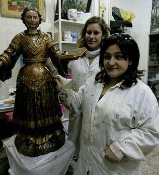 Arte 3 es propiedad de Pamen Díaz, Silvia Iglesias (en la foto) y Santiago Notario