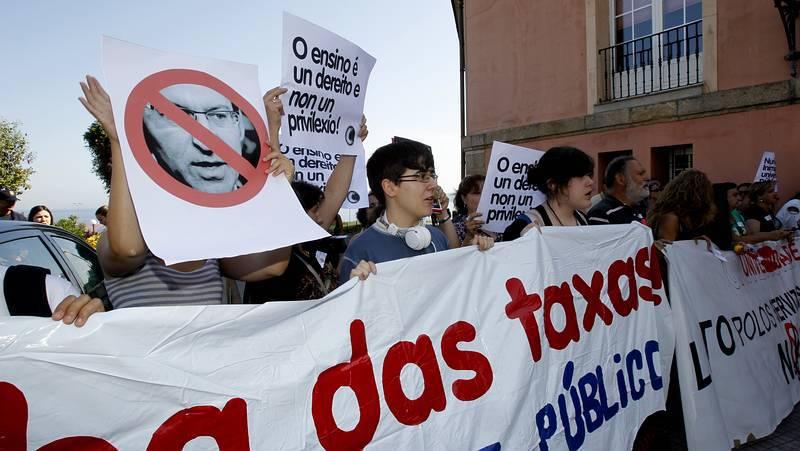 Los estudiantes protestan en la apertura oficial del curso universitario en A Coruña