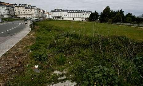 Los entornos de Cabo da Area y el campo de fútbol fueron objeto estos años de varios litigios.