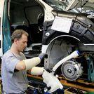 Los trabajadores de Vigo exigen a PSA que reparta beneficios igual que en Francia