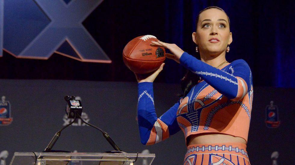Katy Perry durante la rueda de prensa anterior a la Super Bowl