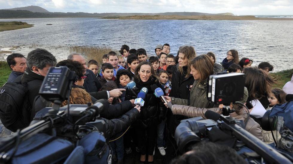 Visita de la conselleira de Medio Ambiente, Territorio e Infraestruturas, Ethel Vázquez, a la laguna de A Frouxeira con motivo del Día Mundial dos Humidais