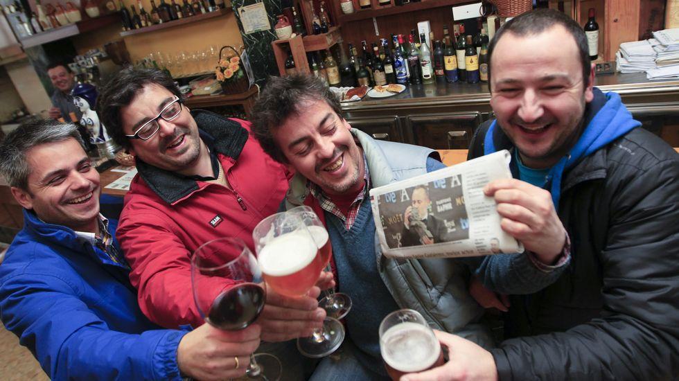 Amigos del actor ferrolano Javier Gutiérrez celebran su Goya
