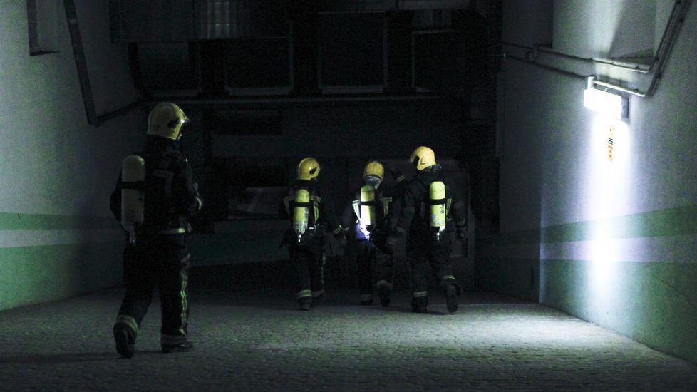 Alarma por olor a gas en un garaje de la avenida de Esteiro, en Ferrol