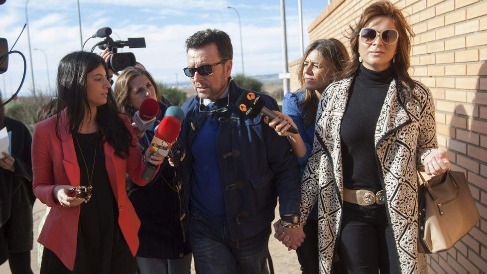 Ortega Cano regresó a la cárcel acompañado de su mujer