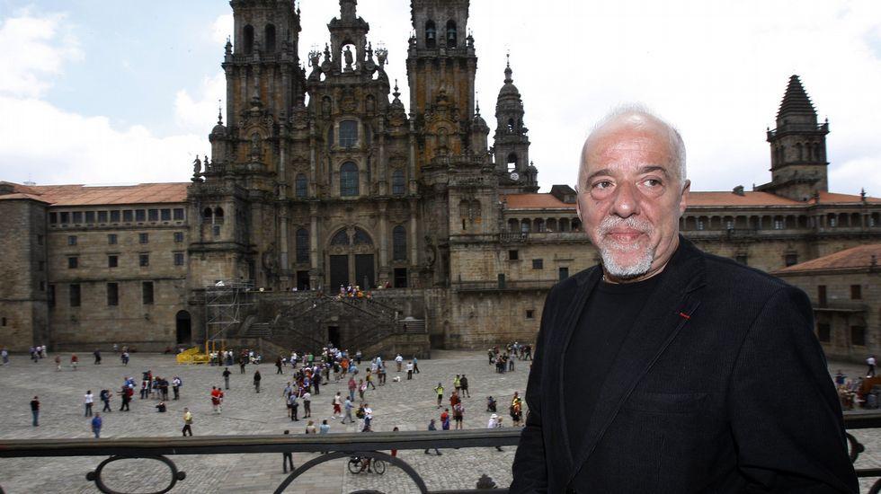 Imagen del 2008, Coelho en el balcón de Raxoi.
