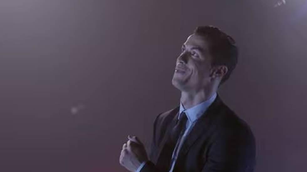 Cristiano Ronaldo anuncia su propia marca de calzado con un extraño baile