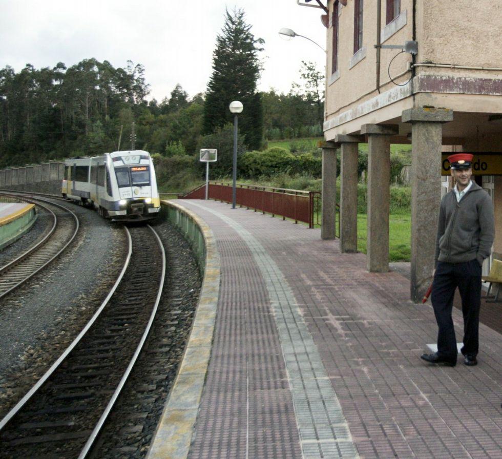 Renfe repondr los antiguos horarios de feve en cuanto for Horario de trenes feve