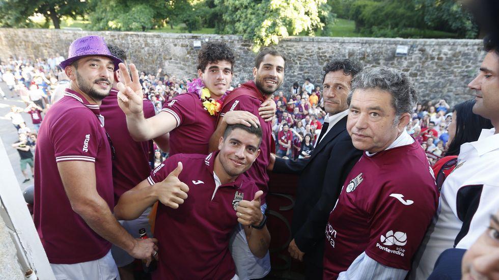 Pontevedra celebra el ascenso por todo lo alto