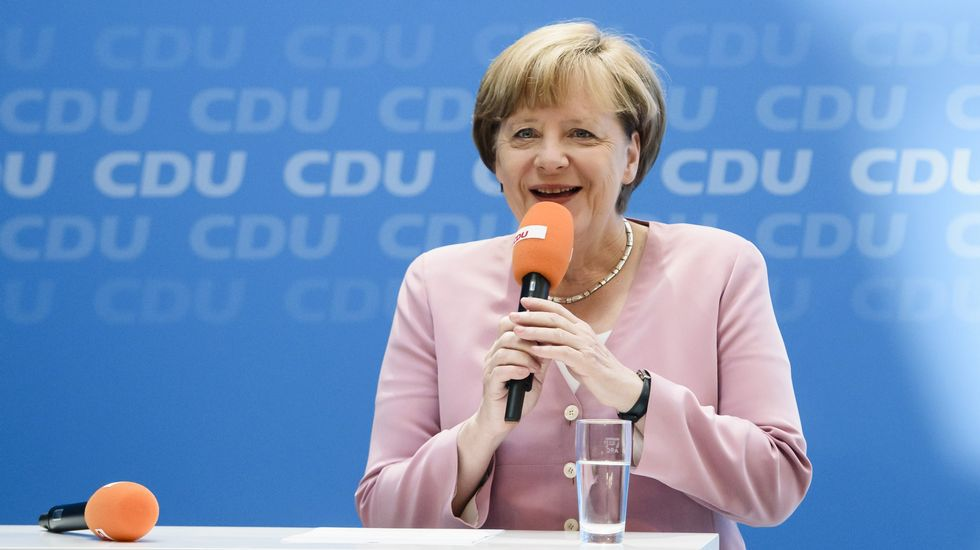 Partidarios del no en Grecia se cuelan en el cuartel general de Merkel